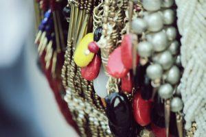 Les bijoux berbères : un look ethnique terriblement tendance