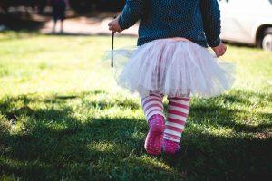Apprendre à s'habiller : aider son enfant à devenir autonome