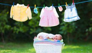 Conseils pour choisir des vêtements de bébé qui vous faciliteront la vie