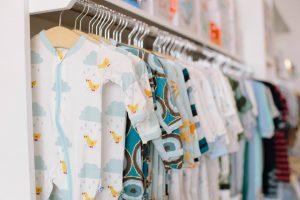 Liste des marques de vêtement pour bébé et enfant